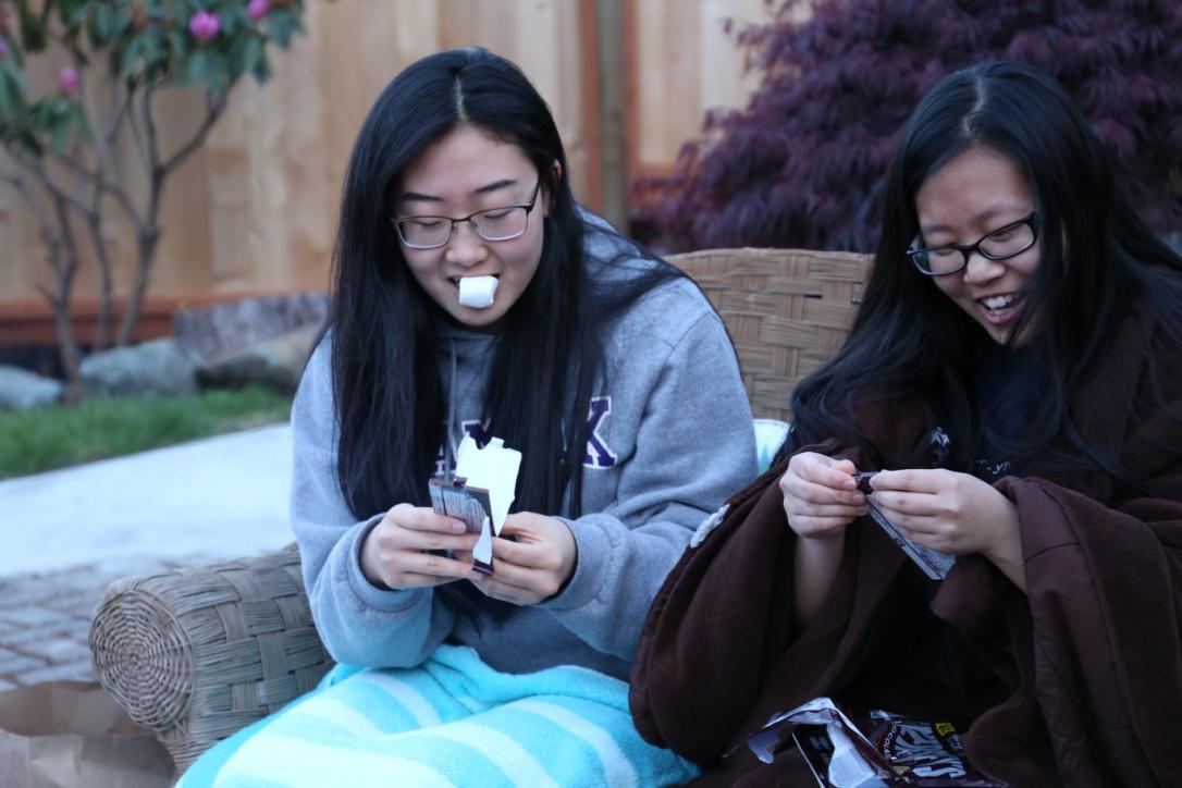 Sisters make smores
